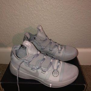 Kobe AD basketball shoes
